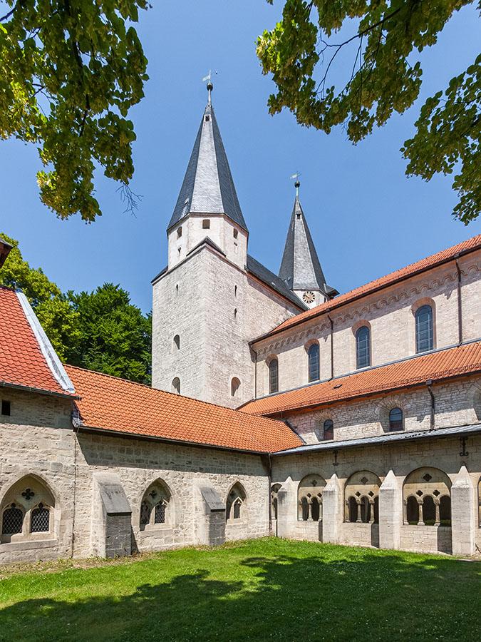 Kreuzgang Kaiserdom Königslutter | Architekturfotografie Sándor Kotyrba