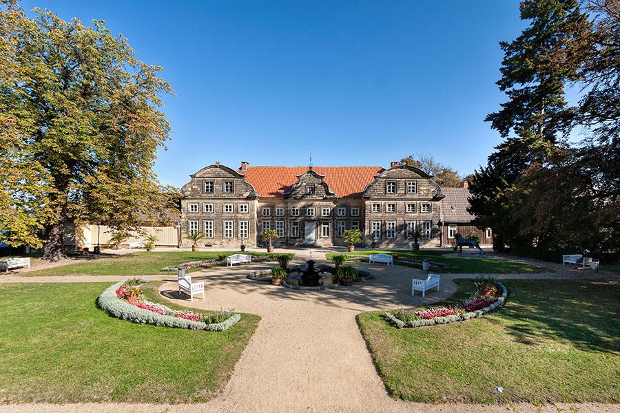 Kleines Schloss Blankenburg | Architekturfotografie Sándor Kotyrba