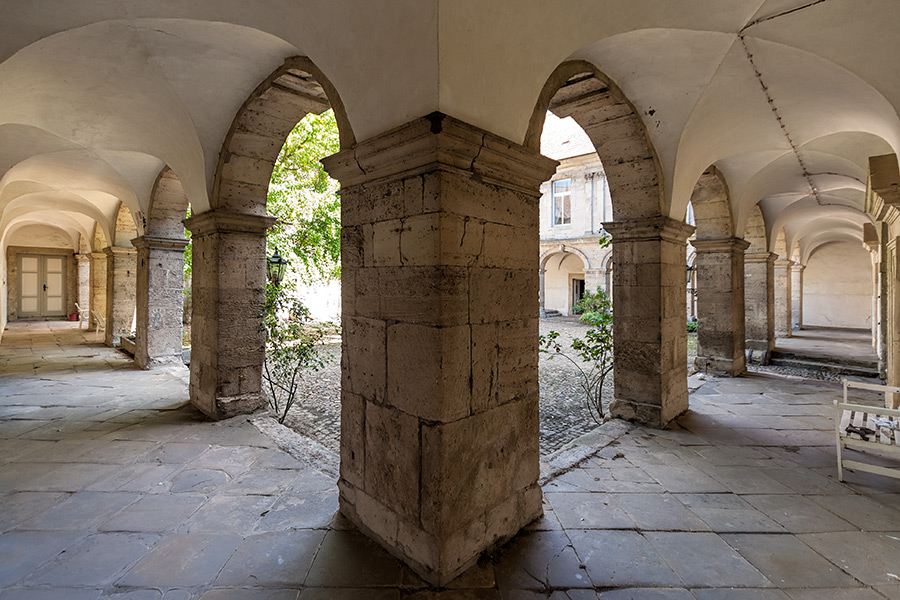 Gut Sambleben | Sándor Kotyrba Architekturfotografie