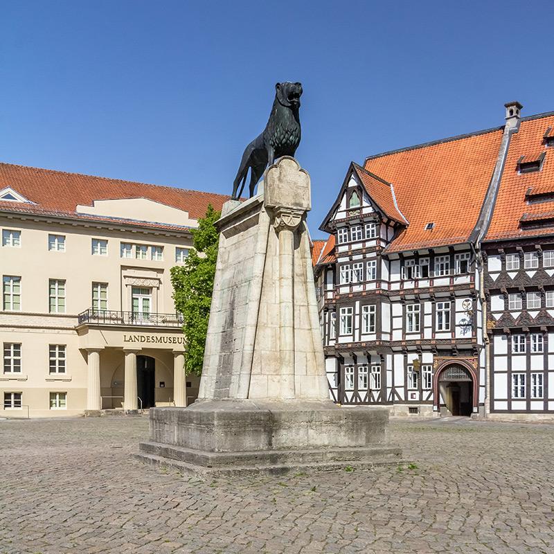 Braunschweig, Burgplatz, Löwe