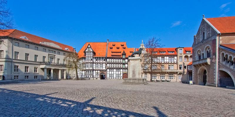 Braunschweig, Burgplatz (Südseite)