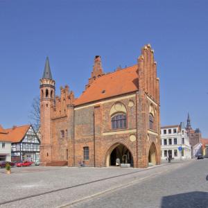 Rathaus Tangermünde | Architekturfotografie Sándor Kotyrba