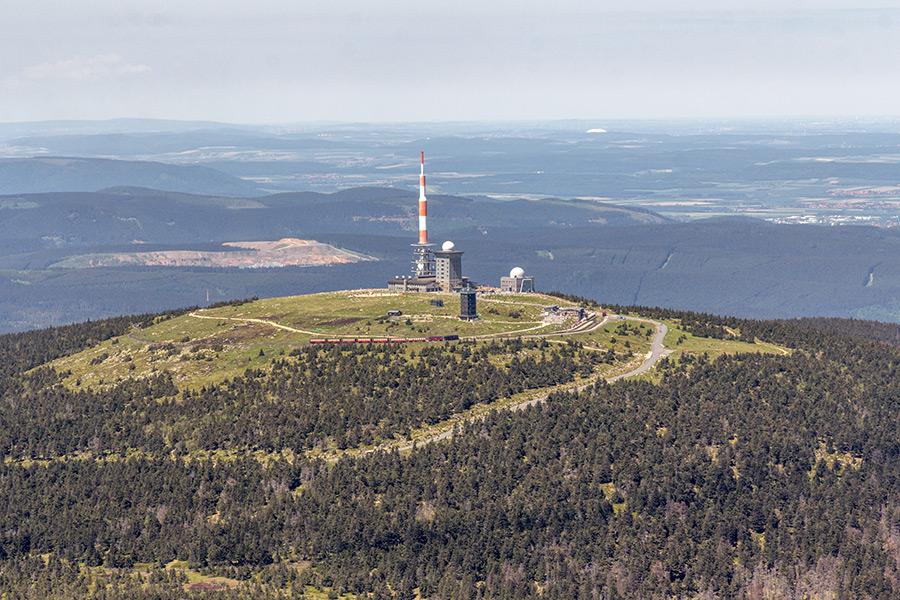 Luftbild Brocken Harz | Brockenbahn (#8931)