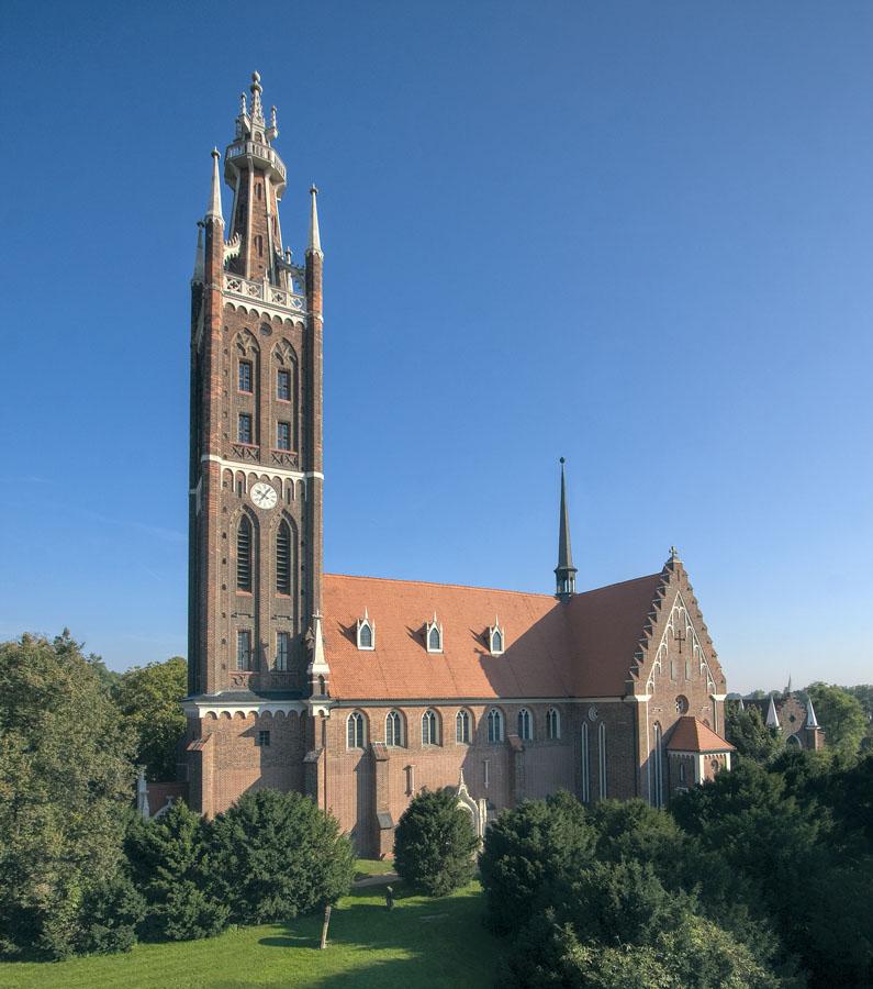 Petrikirche Wörlitz | Sándor Kotyrba Architekturfotografie