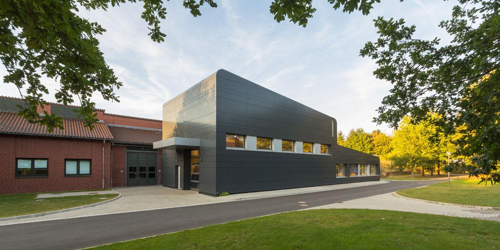 Kotyrba Architekturfotografie Braunschweig | Gebäude der Sicherheutstechnik
