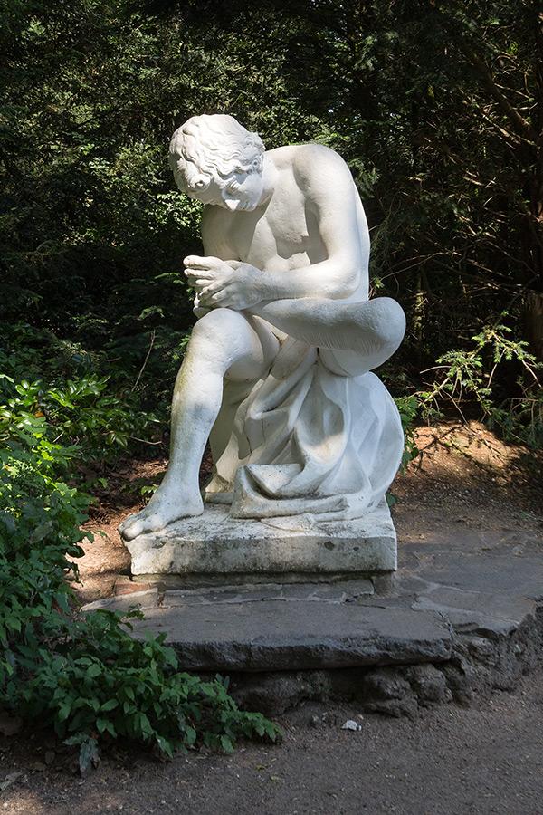 Sándor Kotyrba Fotografie Braunschweig | Architekturfotografie Wörlitzer Anlagen, Statue Der Dornenauszieher