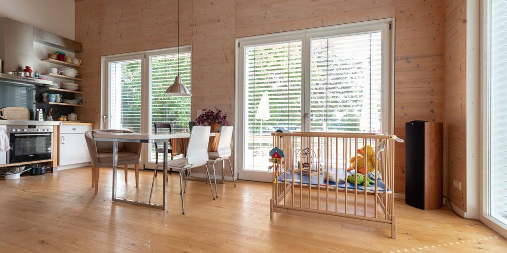 kotyrba architekturfotografie cottbus | Einfamilienhaus, Küche und Essbereich