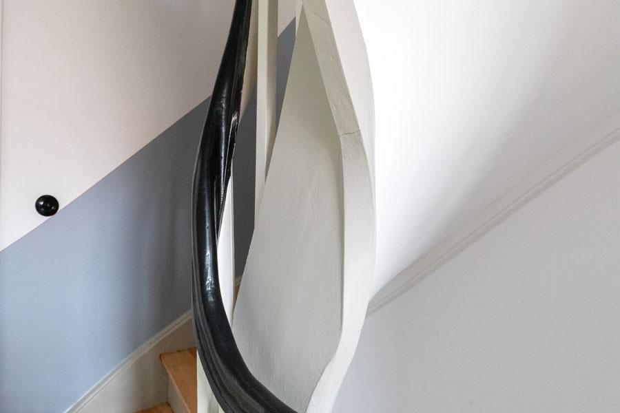 Kotyrba Architekturfotografie Berlin | Bruno-Taut-Haus, Treppendetail