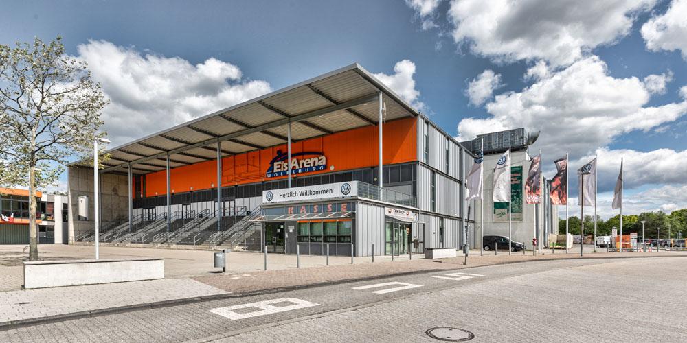 Allerpark Wolfsburg, Eisarena | Sándor Kotyrba Architekturfotografie