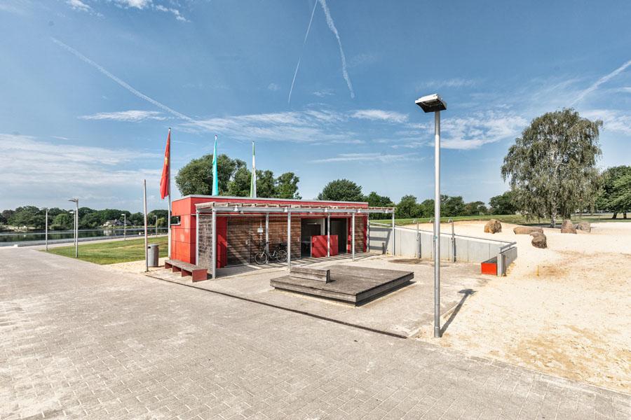Allerpark Wolfsburg, Sanitär-Anlagen | Sándor Kotyrba Architekturfotografie