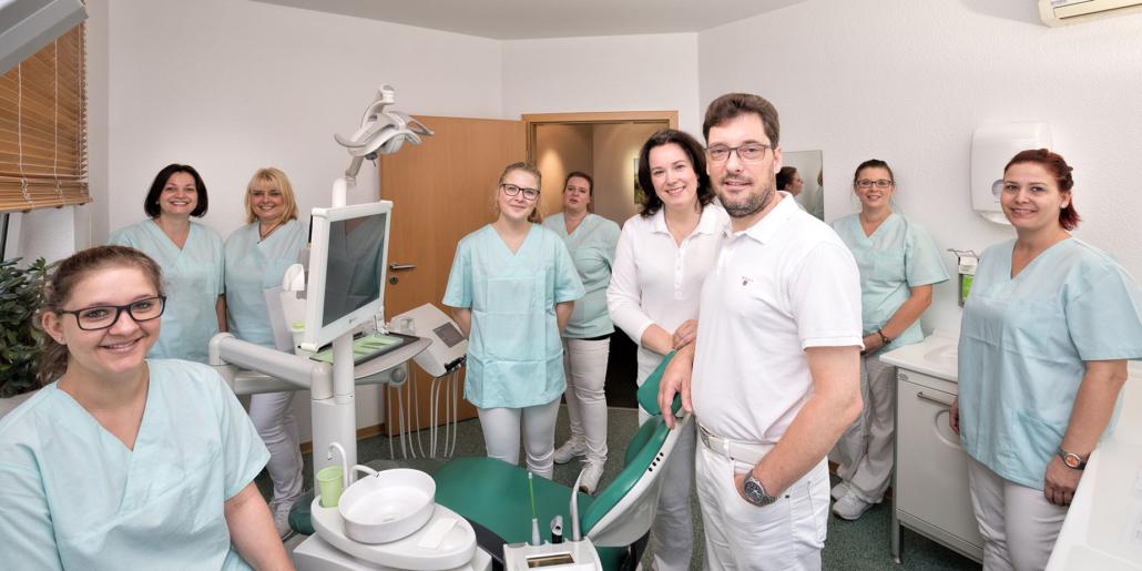 Zahnarzt Dr. Lempa Wolfenbüttel   Portraitfotografie Sándor Kotyrba (#424A9692)