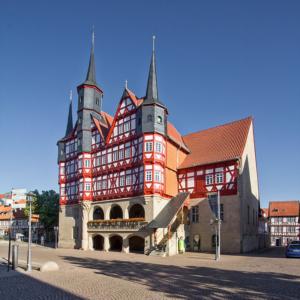 Nordansicht Rathaus Duderstadt | Architekturfotografie Sándor Kotyrba (#8437)