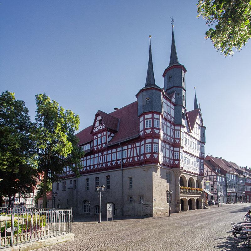 Nordostansicht Rathaus Duderstadt | Architekturfotografie Sándor Kotyrba (#8467)